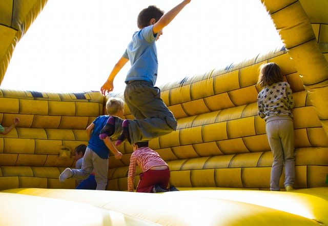 21 Outdoor Family Games with Your Children 5